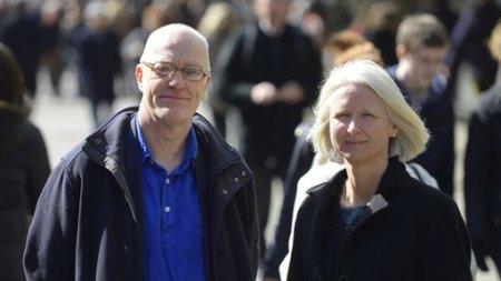Mike Savage y Fiona Devine, codirectores del estudio. Fuente BBC.