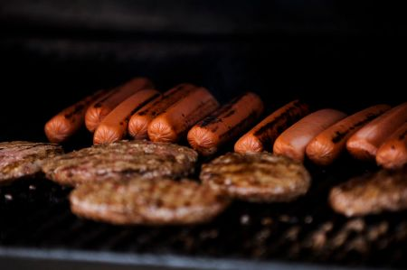 Burgers_and_hot_dogs